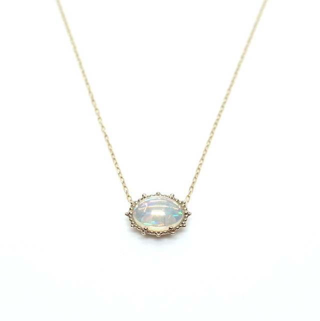 Granulation 8×6 gem Necklace - Opal