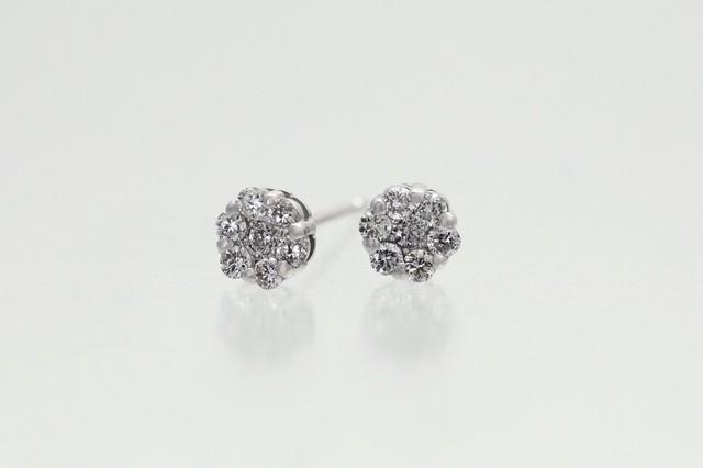 K18WG 0.2ctダイヤモンドピアス