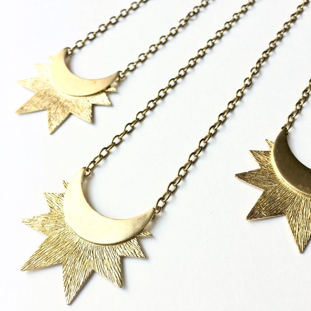 Shining Moon Necklace NC-011