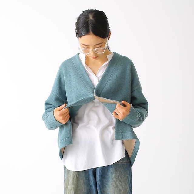 410008_Color scheme Cardigan(ベージュ×ワイン)