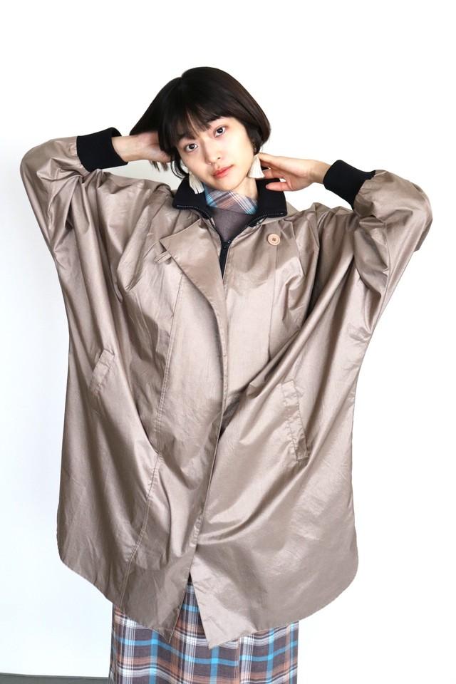 Vintage dolman sleeve shiny coat