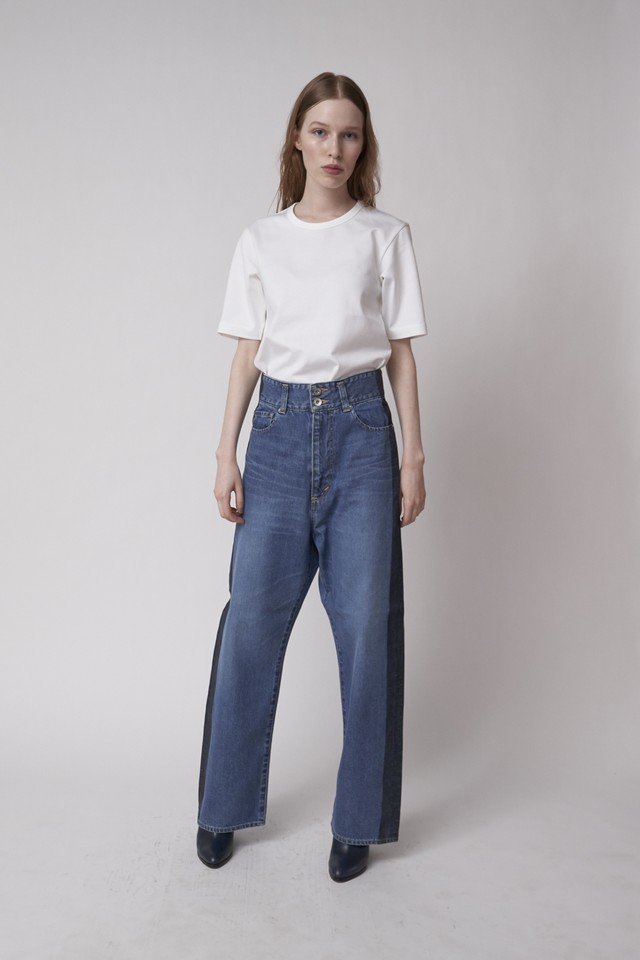 SIDE PROCESSED HIGH WAIST WIDE DENIM