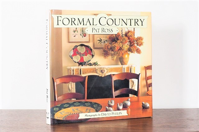 FORMAL COUNTRY /display book