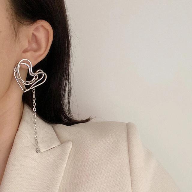 unique art design heart earrings