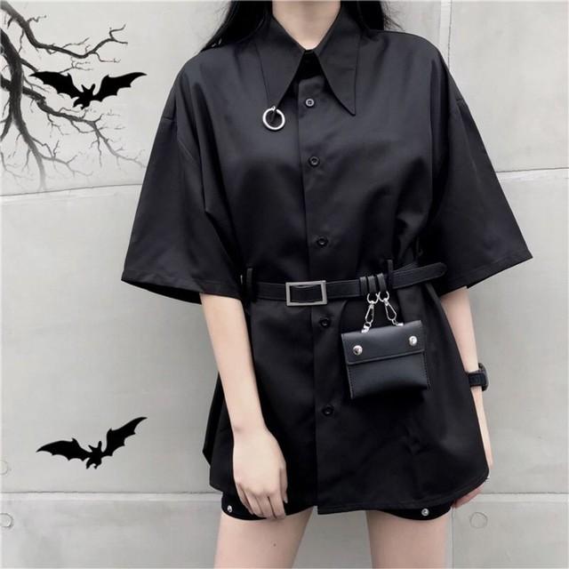 シャツ ブラウス 半袖 ベルト付き ミニバッグ付き 韓国ファッション レディース 黒 ブラック ポシェット チュニック / Dark retro lapel loose shirt + belt (DTC-594419657503)