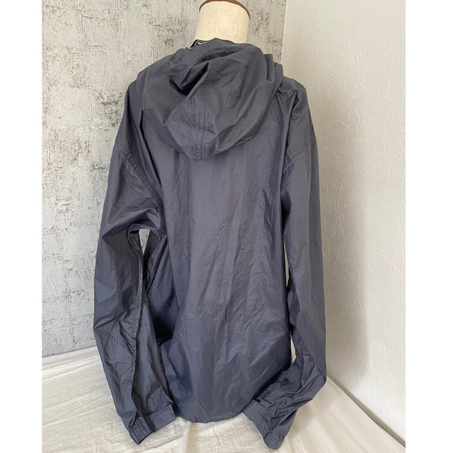 CHARCOAL GRAY OVER ANORAK