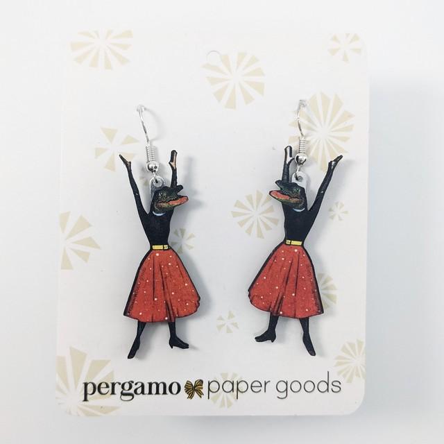 【PergamoPaperGoods】 Alligator girl earrings