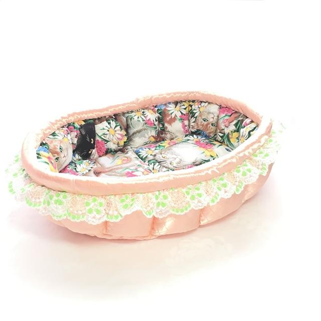 ふーじこちゃんママ手作り ぽんぽんベッド フリル付き(サテンサーモン・お花猫柄)Mサイズ