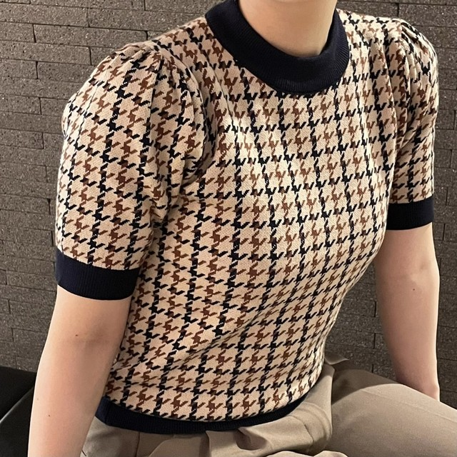 houndstooth check knit tops