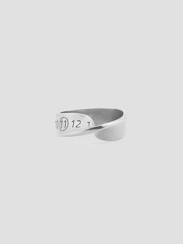 MAISON MARGIELA Logo Twist Number Ring Silver SM1UQ0057