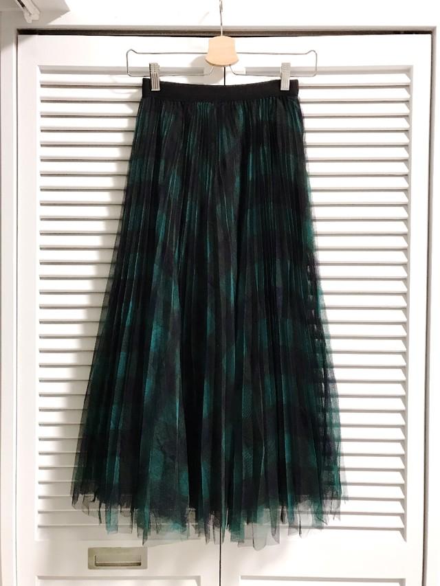 グリーンのチェックのプリーツチュールスカート