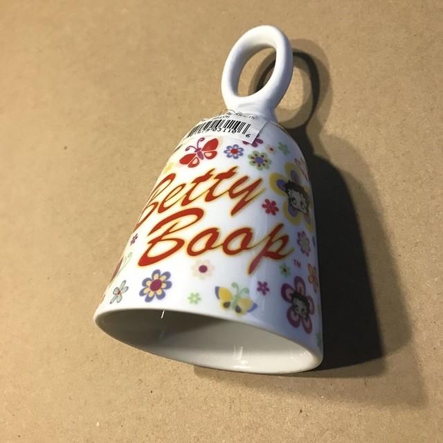 引続きセール主力商品20%OFF!ベティブープ 陶器製 ハンドベル