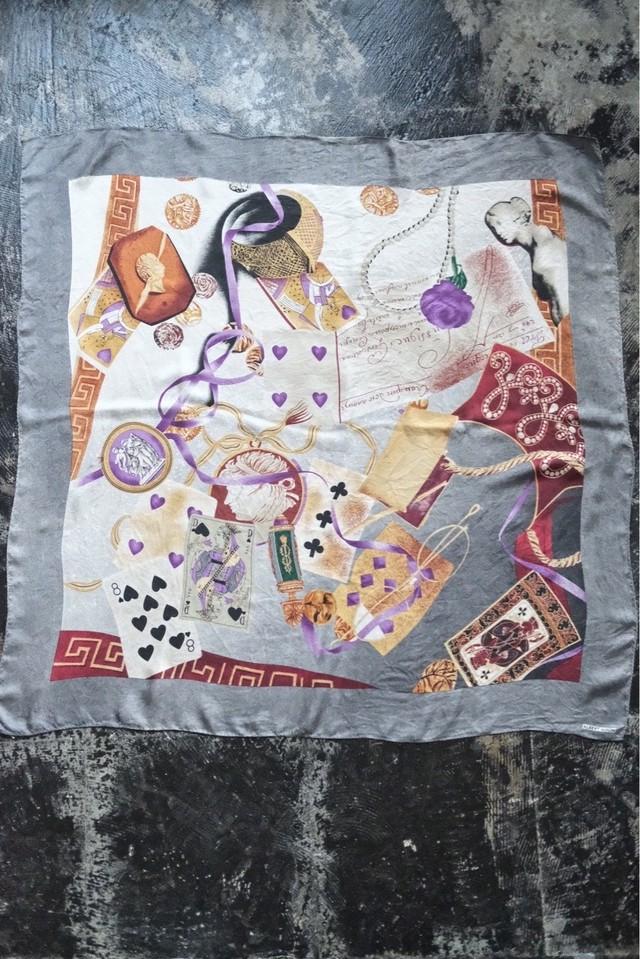 トランプ柄 silk scarf