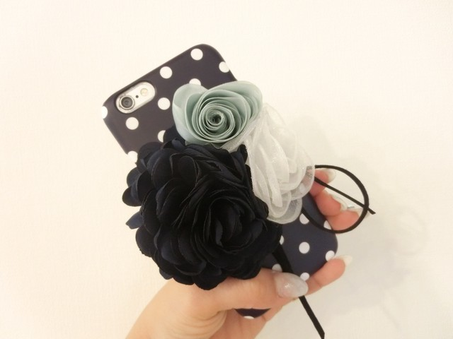 【 Colivey 】iPhone6 /6s case Flower Navydot