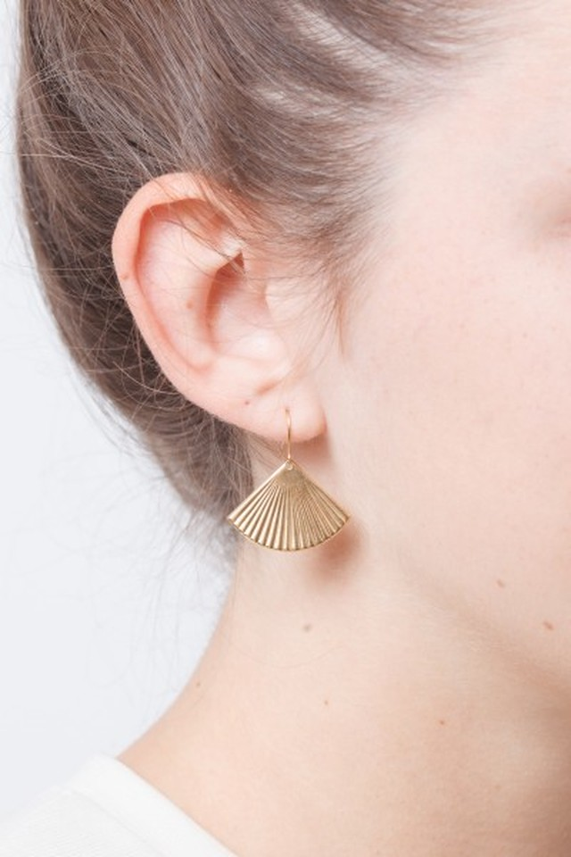 ◇STATE OF A◇ Earrings Circle structured Fan (Item No 11686)