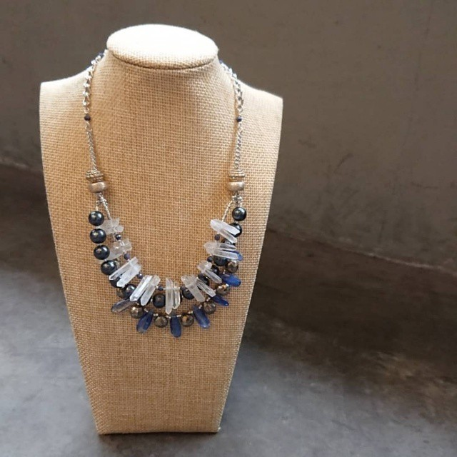 Gam Stone Necklace
