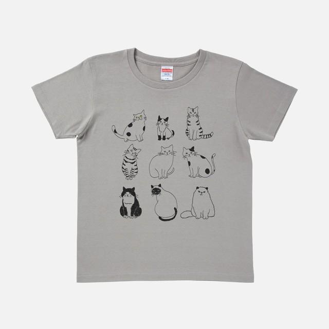 Tシャツ[URAMABUTA]9匹のねこ ライトグレー色