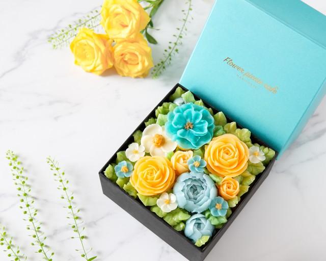【Turquoise Blue】食べられるお花のボックスフラワーケーキ}