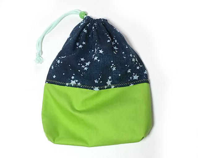 大きな巾着袋 体操袋・給食袋×キミドリと星柄デニム-片ひも 入園グッズ 入学準備