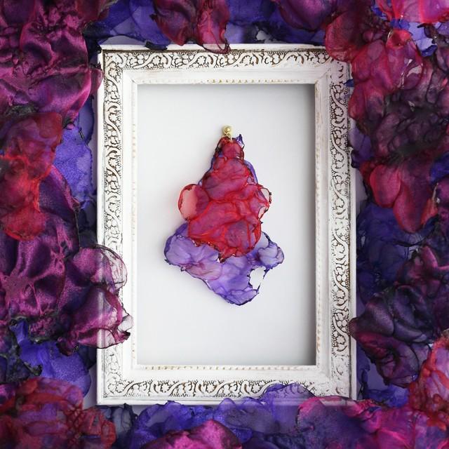 真紅の夕空|染めオーガンジーのゆれるアートピアス