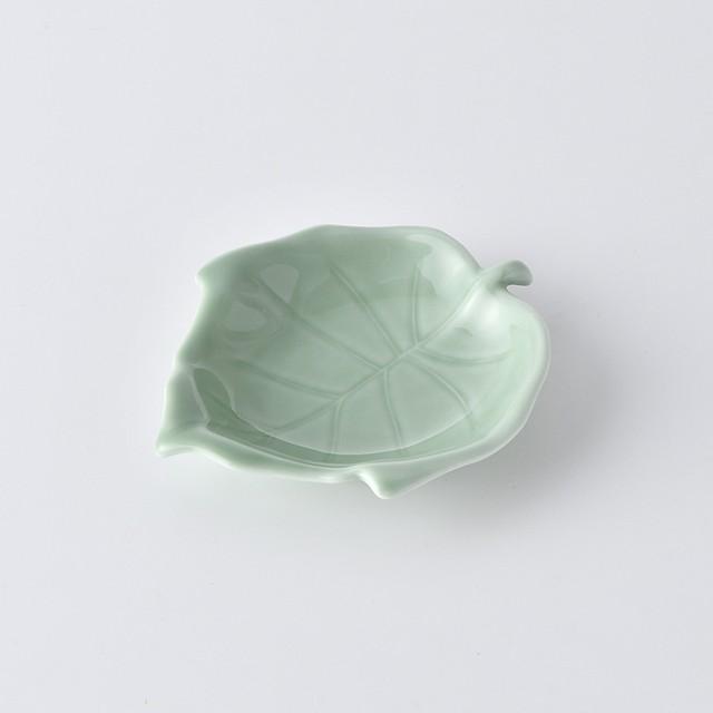 葉型小皿・グリーン