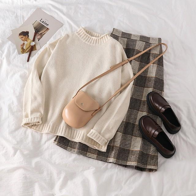 ハイネックセーター×レトロ風スカート   Set-038