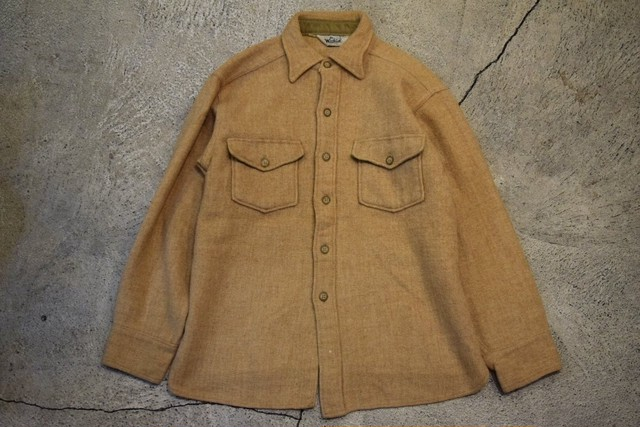USED 70s Woolrich Wool shirt -Large S0691