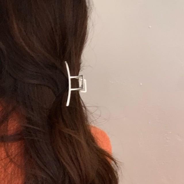 stay hair clip