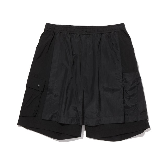 ASYMMETRY SHORT PANTS -BLACK
