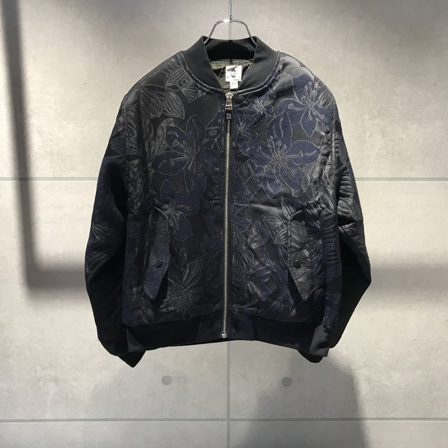 EXPANSION BOMBER JACKET