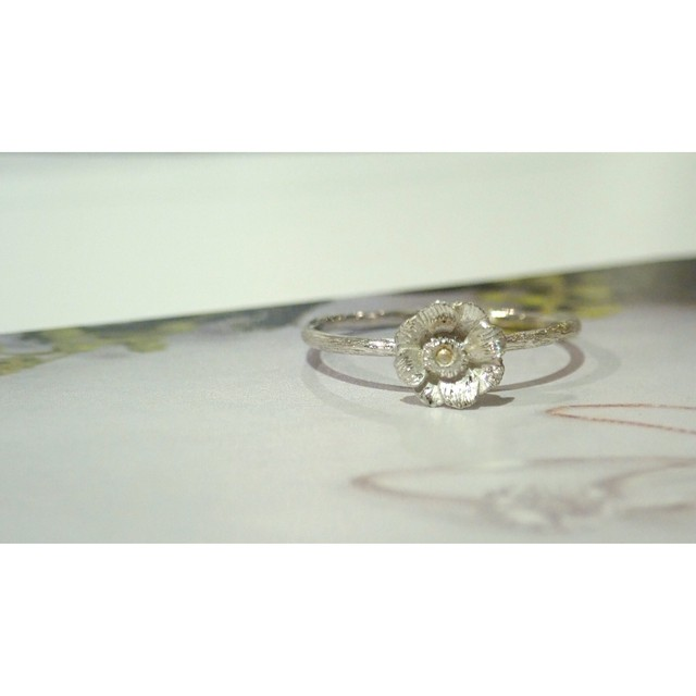 Anemone Silver Ring