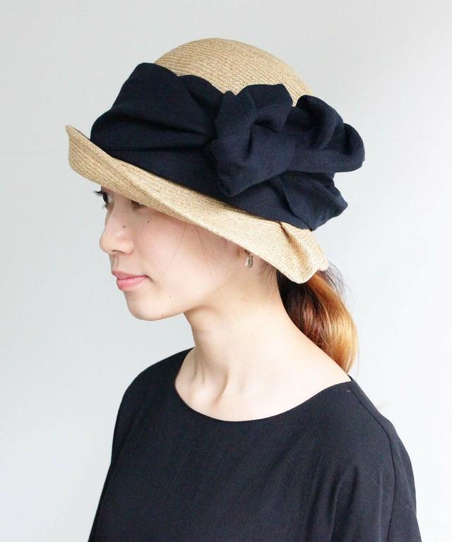 ベルギーリネンのリボンを巻いた帽子