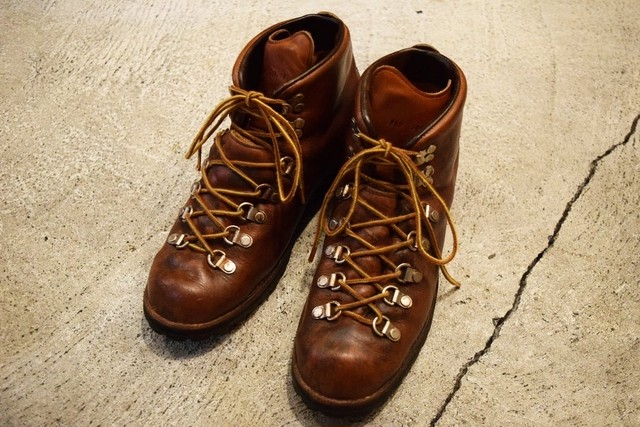 USED Danner Mountain light 8M vintage 80s made in USA B0766