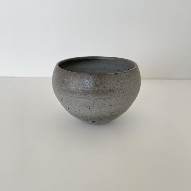 清水善行   須恵鉄鉢 (小)