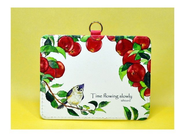 りんごと小鳥のパスケース