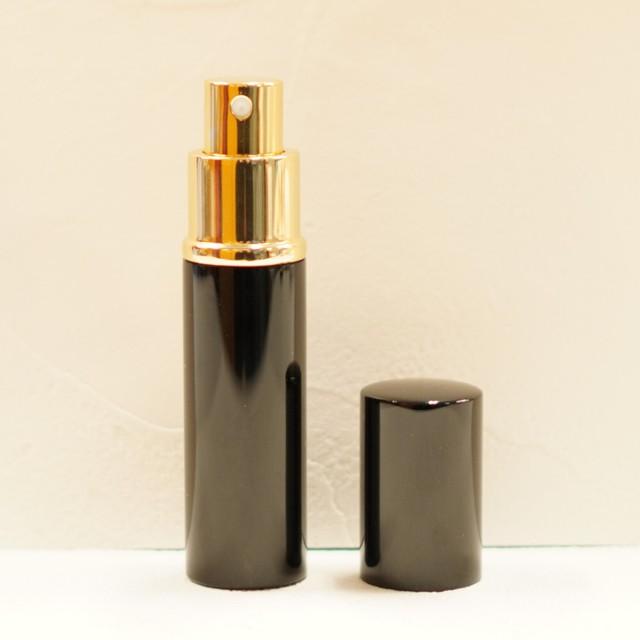 【スプレー容器】レザー 10ml 香水瓶 丸形 高級感 全3色 選べる ゴールド ハンドメイド 持ち運び 詰め替え 旅行 アトマイザー ボトル