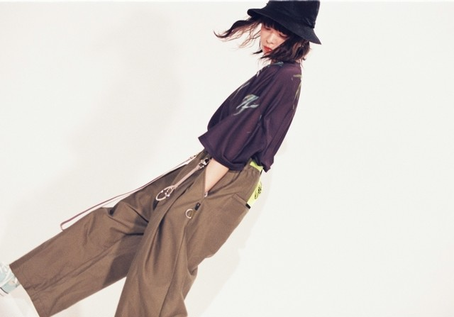 EFFECTEN(エフェクテン) White line easy pants