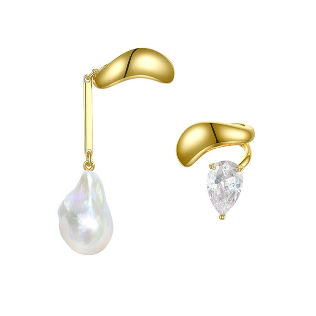 <Sクラス>baroque pearl asymmetry ear cuff