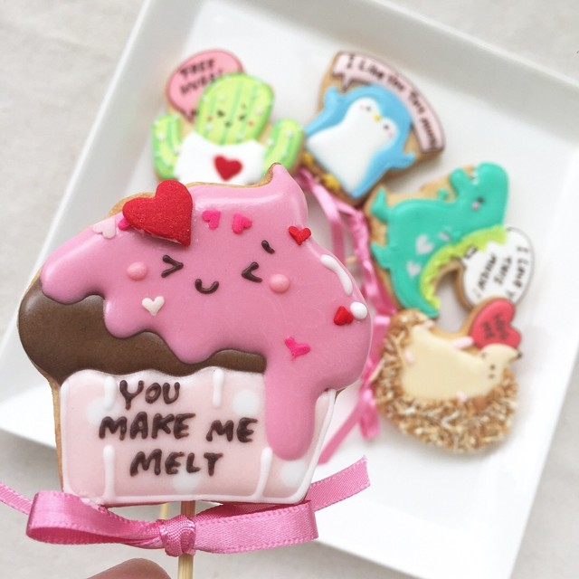 V-Day Cookie Pops / カップケーキ