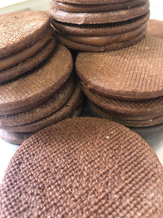 ニコラのキャラメルサンドクッキー9点セット