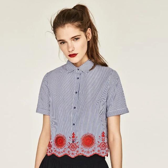 【トップス】ショート 半袖 襟付き 花柄 刺繍 ストライプ トップス 可愛い 華やか アクセント ガーリー