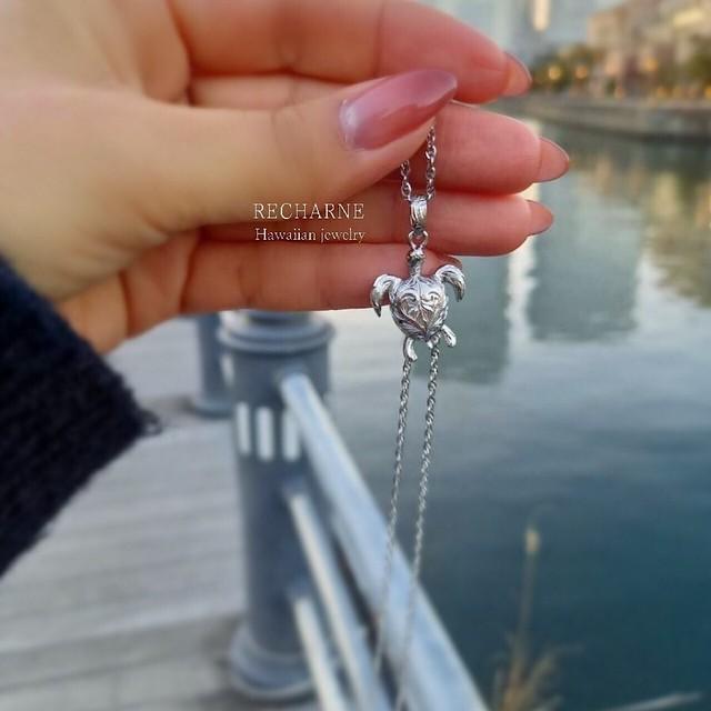 Honu necklace シルバーカラー