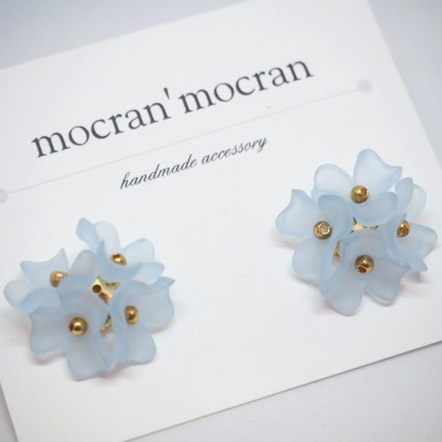 【mocran'mocran】カラフルフラワーピアス/イヤリング 青