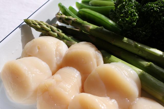 北海道 大玉ホタテ貝柱 (冷凍・刺身/生食用) 1kg