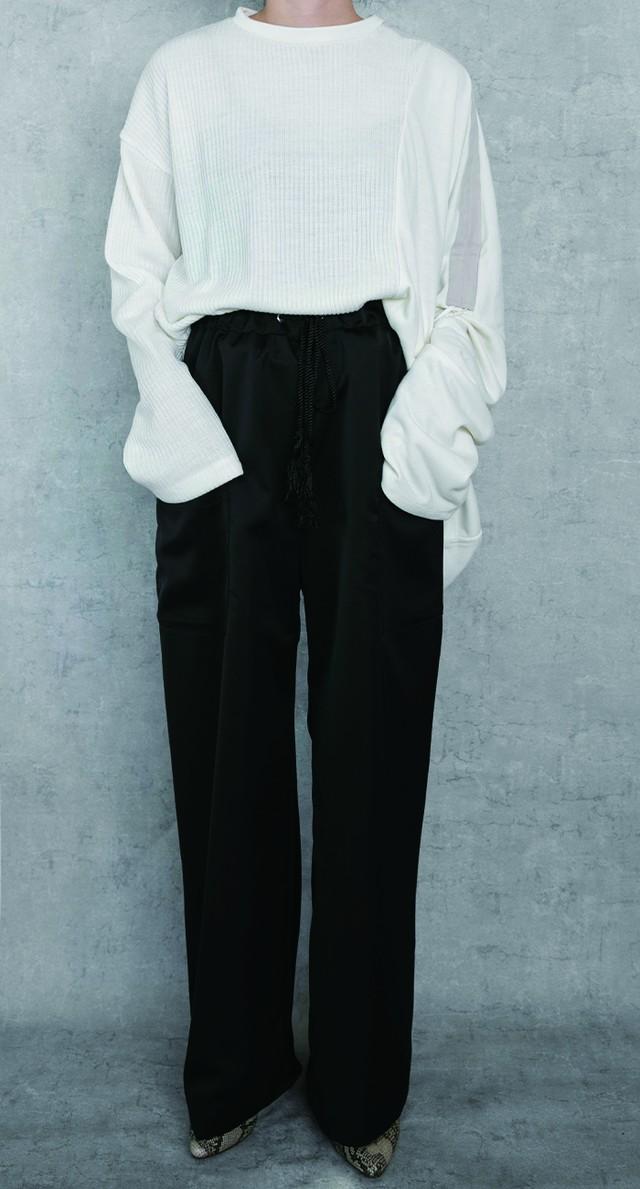 Straight long  pants / Black