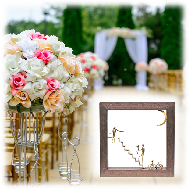 ウッド&フレーム(W6) 「階段の上のスカーフの女と花を持つ男」20X20X4 cm