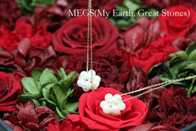 【6月誕生石】Pearls of flower 『花珠 HANADAMA』ピアス 【K10 刻印入 ベビーあこや真珠】