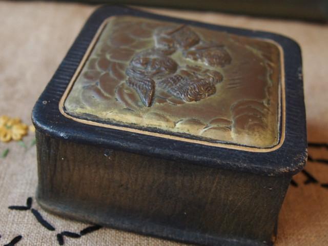 イギリスアンティーク エンジェルの小箱