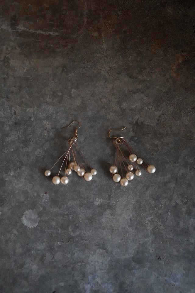 Addiction  vintage parts pierce  Pearl