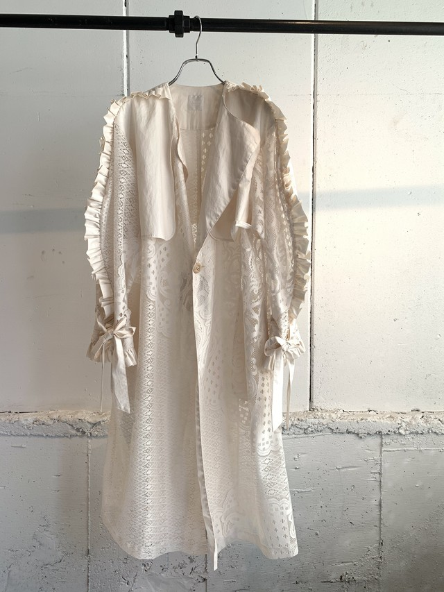 DECO depuis 1985 LACE FRILL TRENCH
